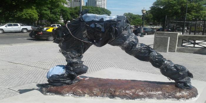 estatua-messi-1
