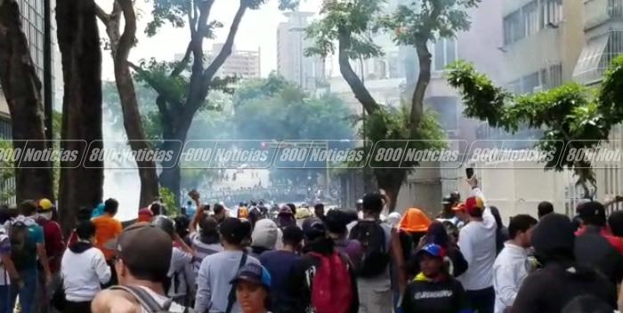 marcha oposicion lacrimógenas 2042017 4