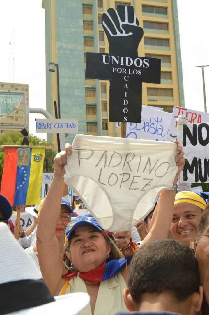 MARCHA DE LAS MUJERES EN EL ZULIA 06.05 (4)