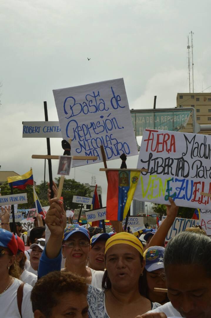 MARCHA DE LAS MUJERES EN EL ZULIA 06.05 (5)