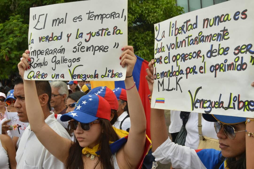MARCHA DE LAS MUJERES EN EL ZULIA 06.05 (6)