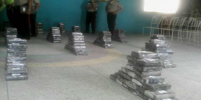 En-gandola-de-Pdvsa-transportaban-780-kilos-de-cocaína-2-Copiar