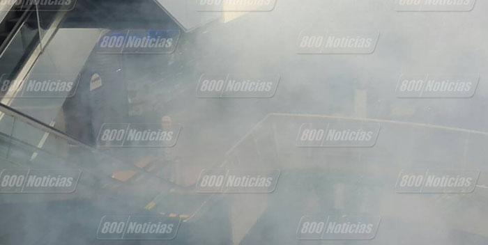 represion sambil caracas humo