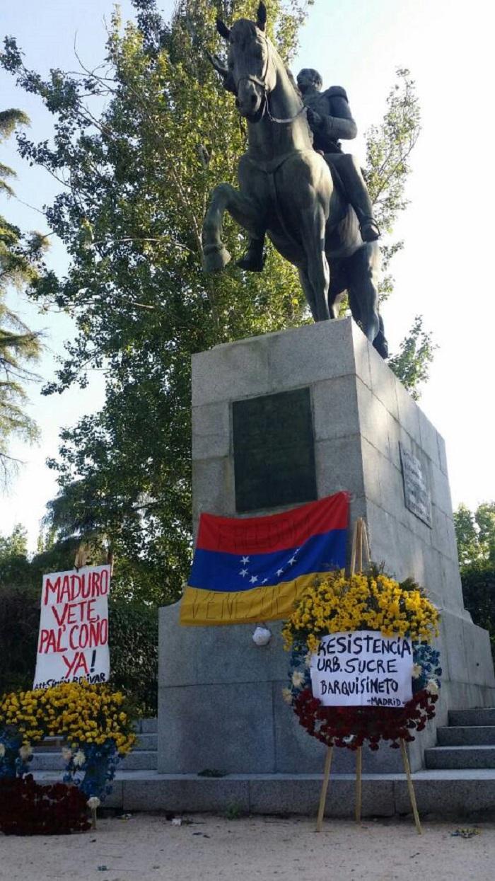 plaza bolivar estatua madrid 1