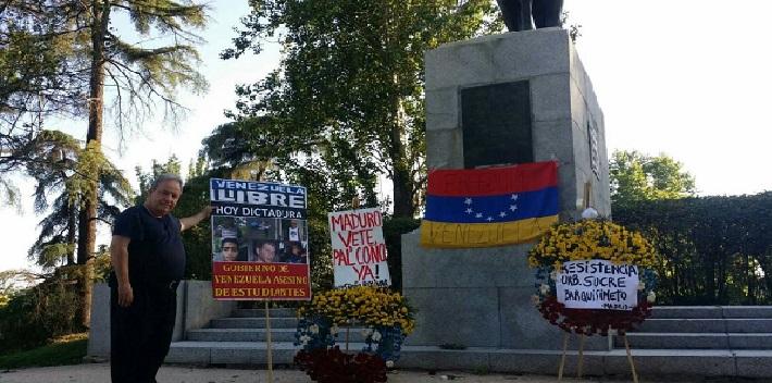 plaza bolivar estatua madrid 5