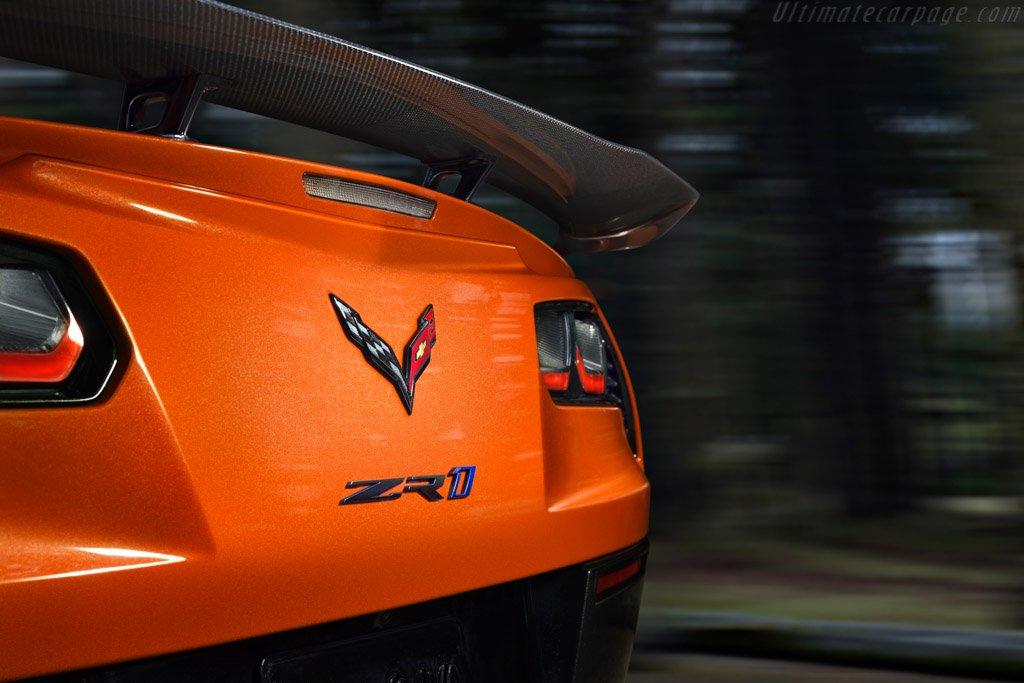 Chevrolet-Corvette-ZR1-131594