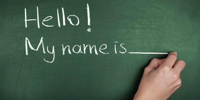 Pizarra en inglés - Hello my name is